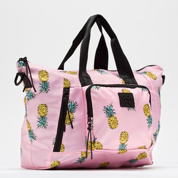 320beac433a2 Pineapple Weekender Bag 🍍😍
